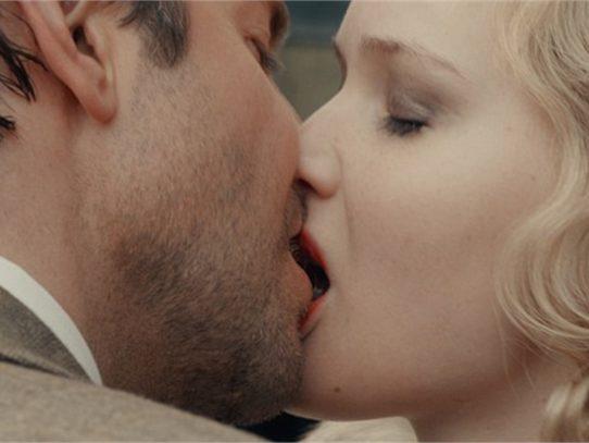 bacio_coppia