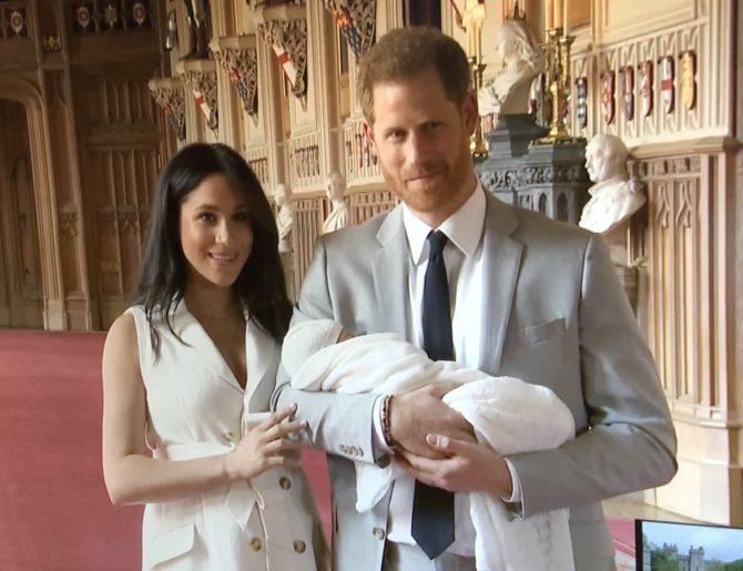 Archie: le foto del Royal baby e il significato del suo nome