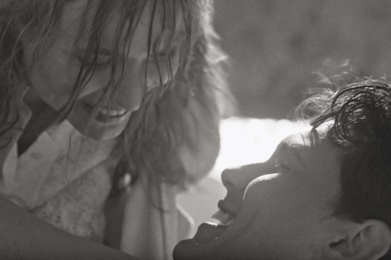 """Testo  e video della canzone """"Niente"""", quinto singolo di Liberato"""