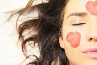 Test per scoprire il tipo di pelle per scegliere la crema viso adatta a te